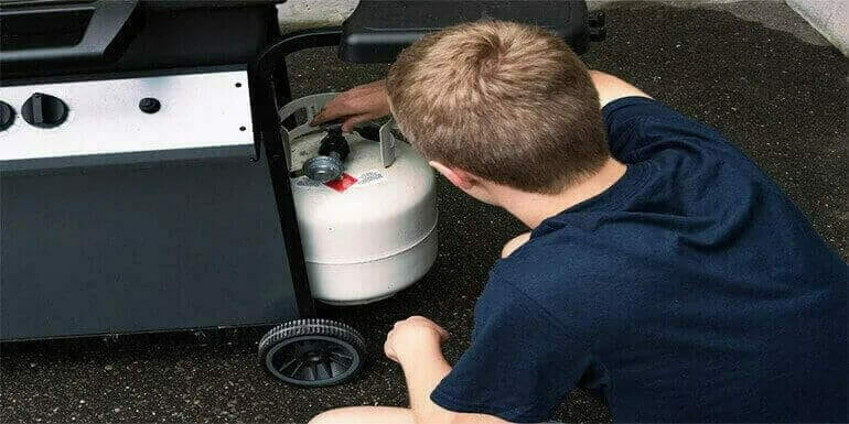 How To Attach Propane Tank To Portable Grill